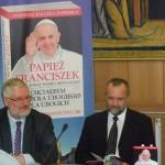 Fotorelacja: Promocja broszury z tekstami kard. Jorge Mario Bergoglio – papieża Franciszka