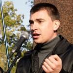 Ukraina: Nacjonalistyczny poseł rzuca politykę i jedzie na front
