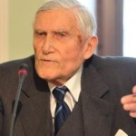 """Prof. Witold Kieżun: """"Europa upada jak niegdyś Rzym"""""""
