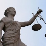 Polskie sądownictwo – starcie zdrajców i ich przystawek