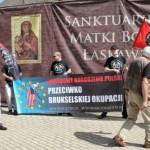 """""""Polska tylko dla Polaków!"""" – nacjonaliści na pielgrzymce NSZ"""