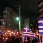 Greccy nacjonaliści w Atenach: Krew, Honor, Złoty Świt!