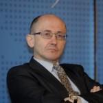 Były wiceminister finansów: Nie warto przyjmować euro!